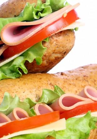 Weekend-ul acesta, ai 2 sandvișuri la preț de 1 la Subway