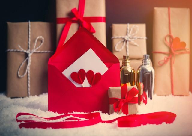 Parfumurile-cadouri-perfecte-pentru-Ziua-Femeii