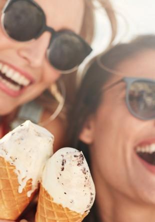 Știința spune că înghețata ne face mai fericiți