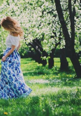 5 rochii maxi pe care să le porți până la toamnă!