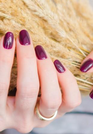 3 culori de purtat pe unghii în noiembrie