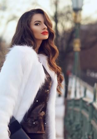 5 motive să porți o haină de blană iarna aceasta